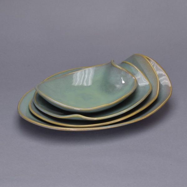 Dishes_Vertigris_Glossy_Medium_Round_Various